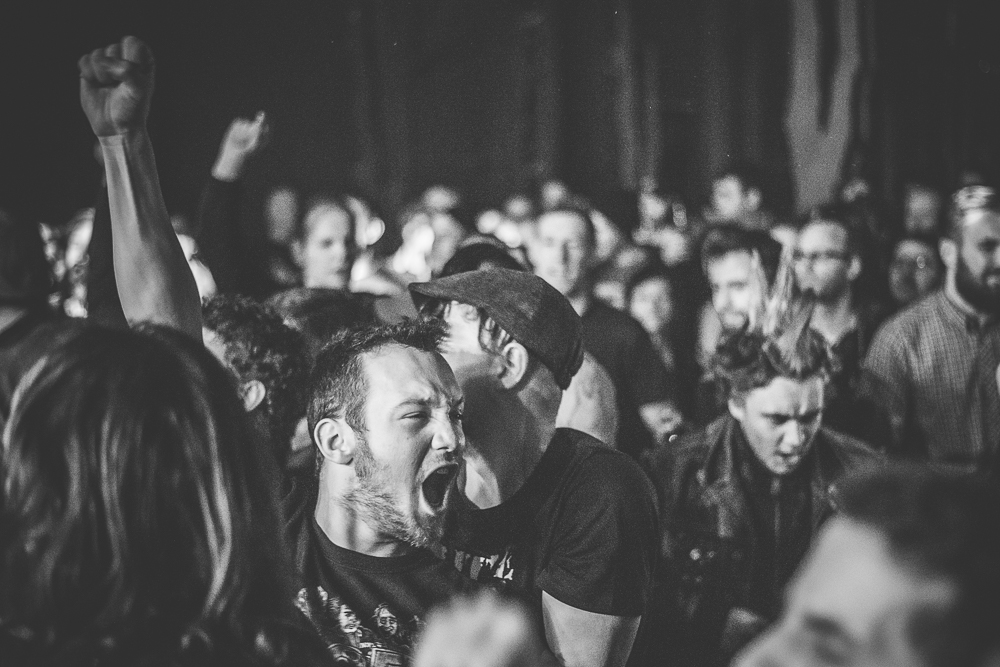 Hirsch - Nürnberg - Punkrock - Fans